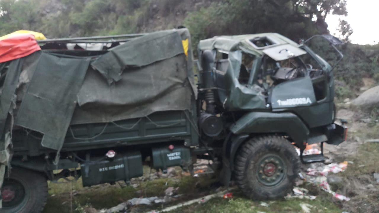 Arunachal Pradesh: Army jawan dead as truck falls into gorge | EastMojo